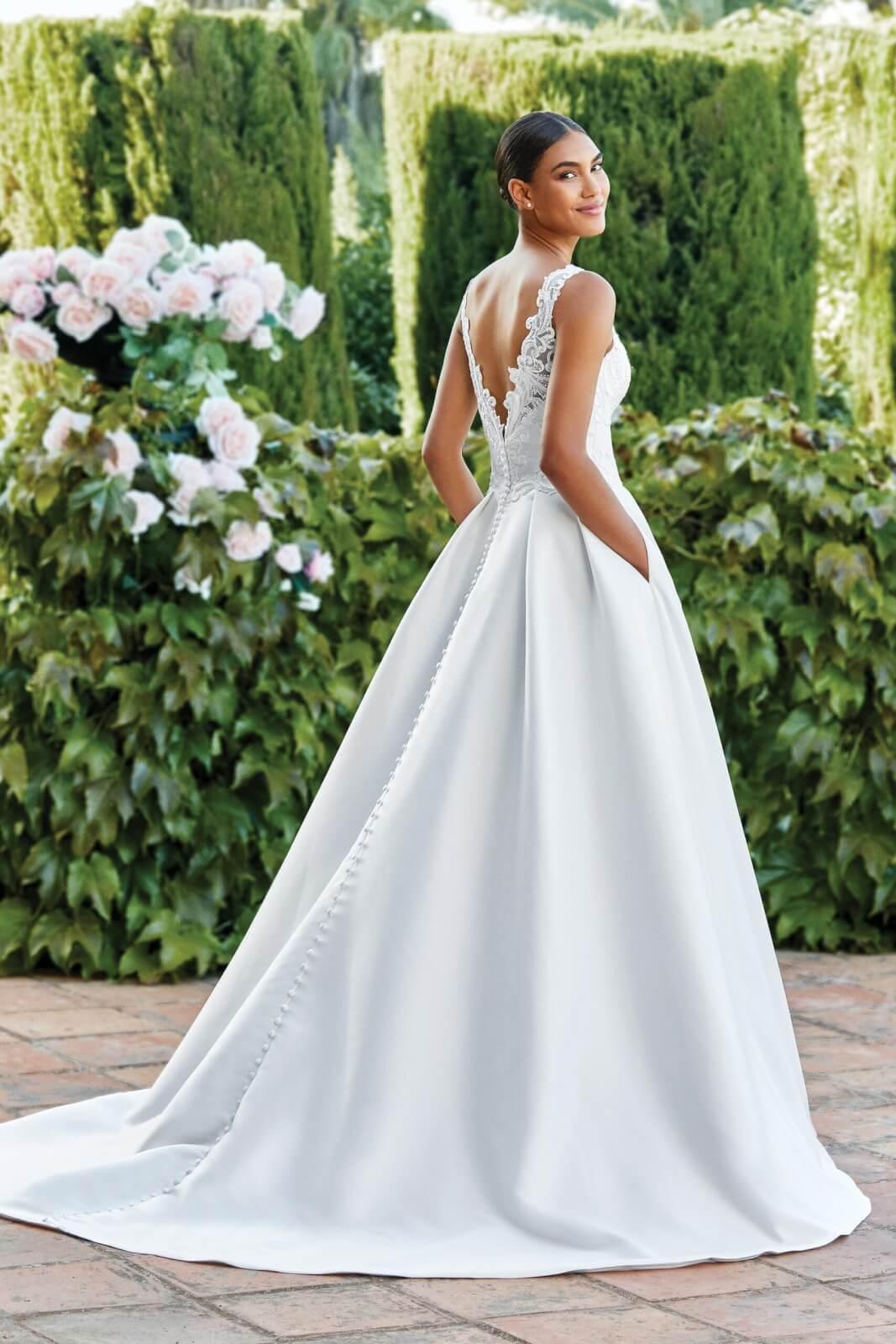 44191_FB_Sincerity-Bridal