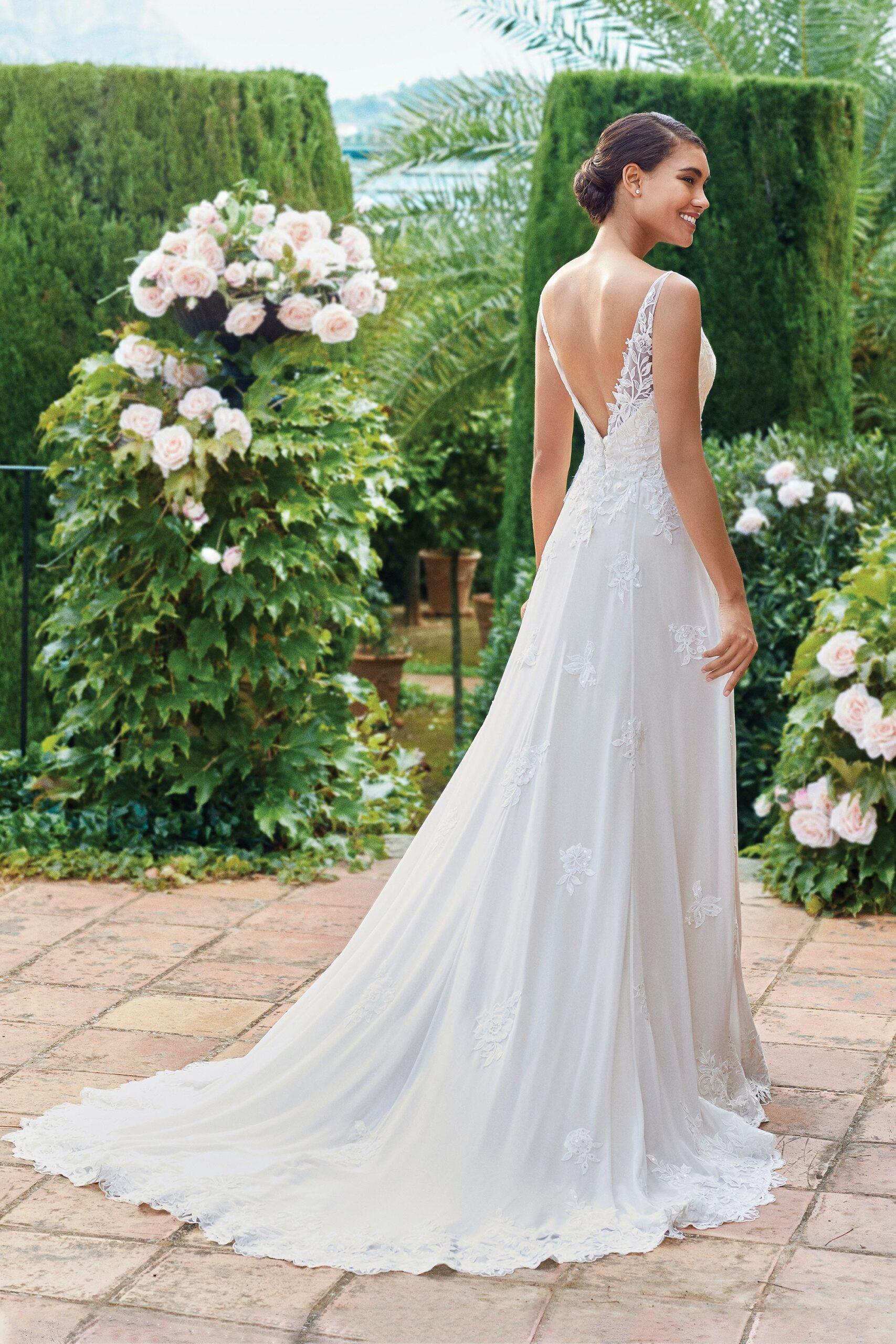 44216_FB_Sincerity-Bridal
